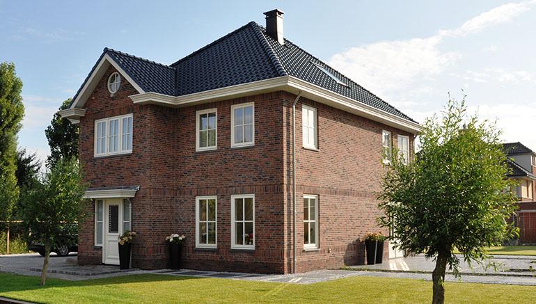 Klassieke bouwstijl, rijk gedetailleerd