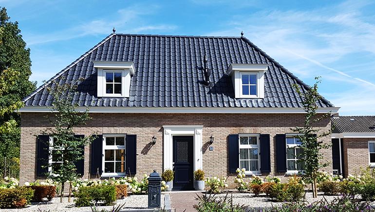 Klassiek wonen architectuur en interieur huis bouwen for Houten huis laten bouwen